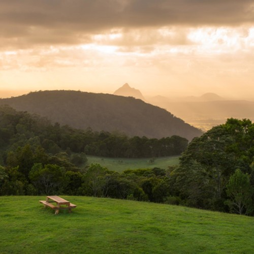 Iconic Maleny Farm High Above It All