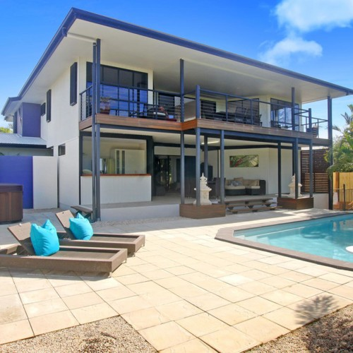 Stylish Family Home in Shelly Beach