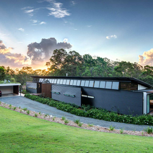 Sophisticated Eco-Friendly Architectural Oasis