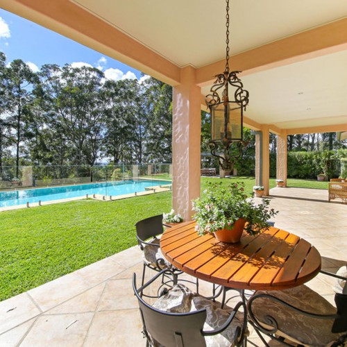French Country Farmhouse Above Noosa Hinterland